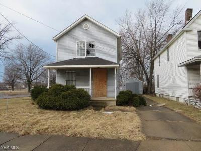 Cleveland Single Family Home For Sale: 3036 E 78th Street