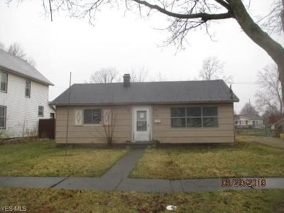 Lorain County Single Family Home For Sale: 129 West St