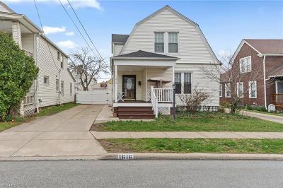 Lakewood Single Family Home For Sale: 1616 Hopkins Ave