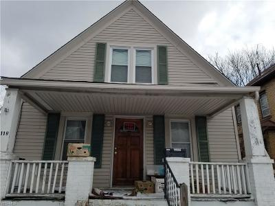 Single Family Home For Sale: 3119 Elyria Ave