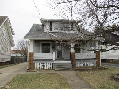 Single Family Home For Sale: 2209 Ralph Ave