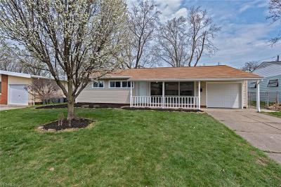 Parma Single Family Home For Sale: 11616 Appleton Dr