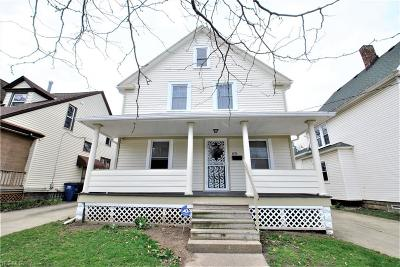 Lakewood Single Family Home For Sale: 1474 Winchester Ave