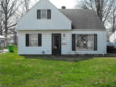 Willowick Single Family Home For Sale: 29050 W Willowick Drive