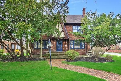 Cleveland Single Family Home For Sale: 10915 Edgewater Dr