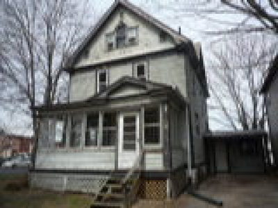 Ravenna Single Family Home For Sale: 147 East Spruce Ave