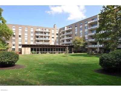 Rocky River Condo/Townhouse Active Under Contract: 3400 Wooster Road #501
