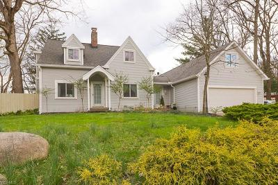 Broadview Heights Single Family Home For Sale: 8790 Avery Rd