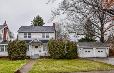 Massillon Single Family Home For Sale: 1008 Medill Ave Northeast