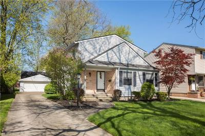 Single Family Home For Sale: 8100 Lynway Ave