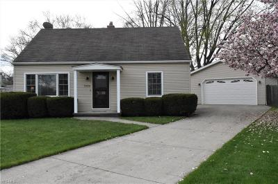 Lorain County Single Family Home For Sale: 3326 Pickett Rd