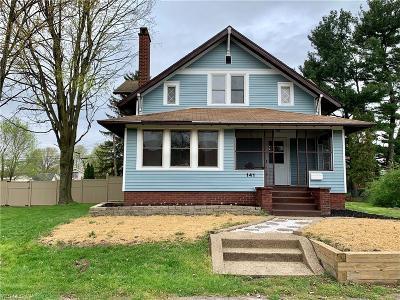 Single Family Home For Sale: 141 Bordner Ave Southwest
