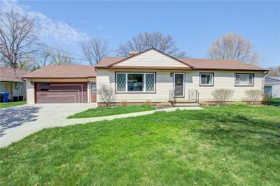 Avon OH Single Family Home For Sale: $145,000
