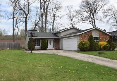 Olmsted Falls Single Family Home Contingent: 26060 Redwood Dr
