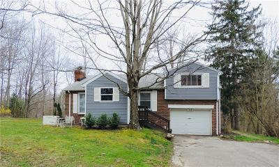 Moreland Hills Single Family Home Active Under Contract: 3991 Ellendale Road