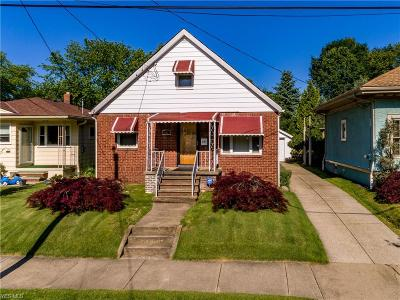 Single Family Home For Sale: 341 Montrose Ave
