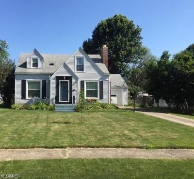 Poland Single Family Home Active Under Contract: 46 Edgewater