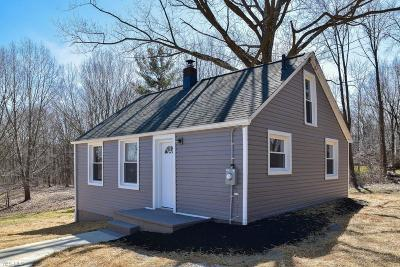 Copley Single Family Home Contingent: 2043 Coon Rd