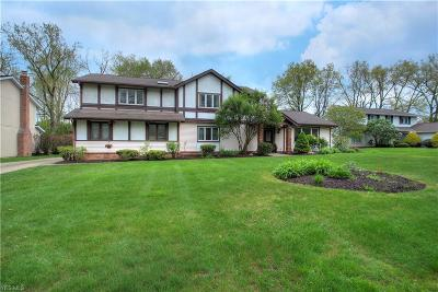 Beachwood OH Single Family Home For Sale: $399,000