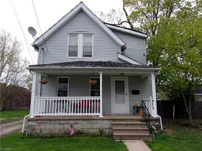 Lorain Single Family Home For Sale: 2825 Lexington Avenue