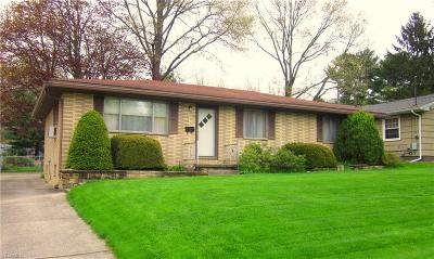 Kent Single Family Home For Sale: 319 Bowman Dr