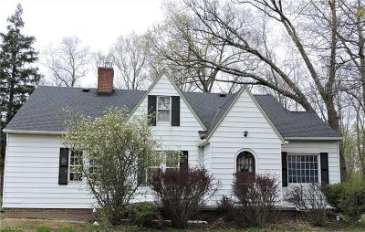Olmsted Falls Single Family Home For Sale: 24584 Sprague Road