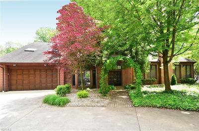 Westlake Single Family Home For Sale: 25751 Hilliard Blvd