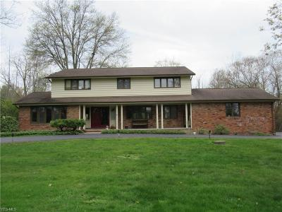 Pepper Pike Single Family Home For Sale: 2770 Belgrave Rd