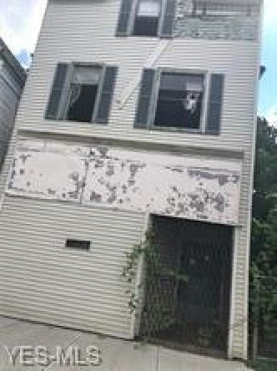 Cleveland Multi Family Home For Sale: 7026 Wade Park Avenue