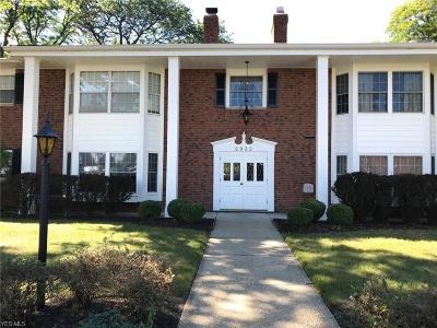 Rocky River Condo/Townhouse For Sale: 2932 Pease Dr #110