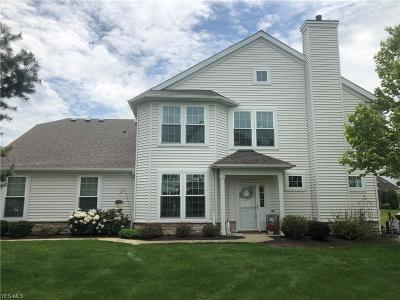 Avon Lake Condo/Townhouse For Sale: 33252 Fairport Dr