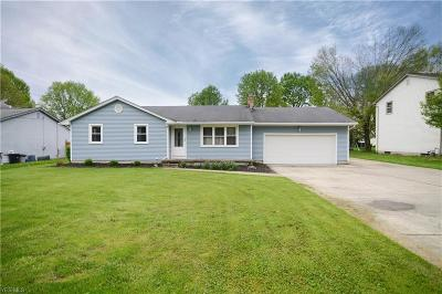 Boardman OH Single Family Home For Sale: $130,000
