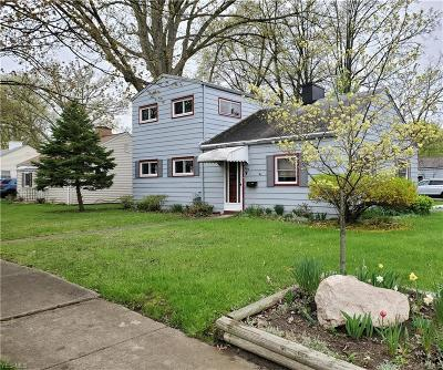 Elyria Single Family Home Active Under Contract: 298 Longford Avenue