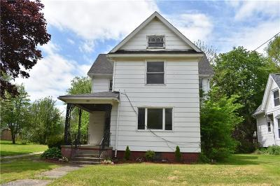 Conneaut Single Family Home For Sale: 521 Broad Street