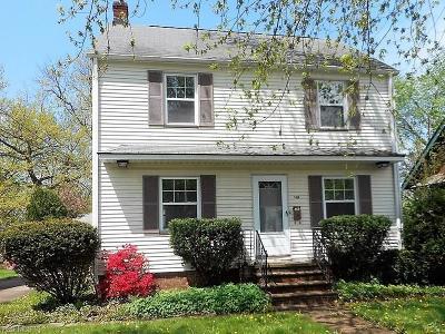 Lyndhurst Single Family Home For Sale: 1408 Gordon Road