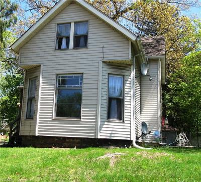 Kent Single Family Home For Sale: 903 South Water St