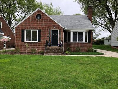 Rocky River Single Family Home Contingent: 2551 Northview Rd
