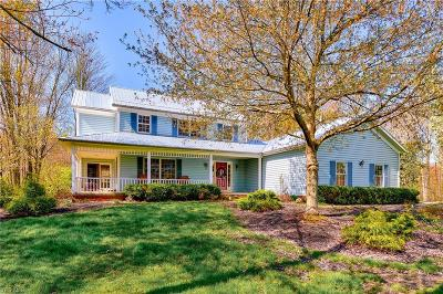 Chardon Single Family Home For Sale: 13125 Pearl Road