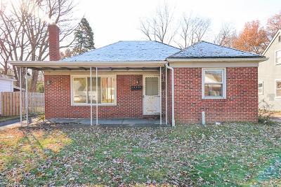 Single Family Home For Sale: 23381 Clifford Dr