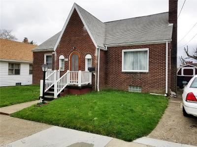 Stark County Single Family Home For Auction: 211 Hart Ave