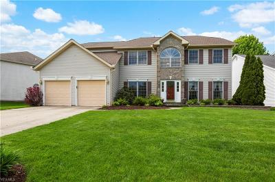 Strongsville Single Family Home Contingent: 18038 Glen Cairn Way