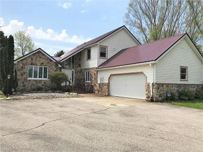 Conneaut Single Family Home For Sale: 1477 Lake Road