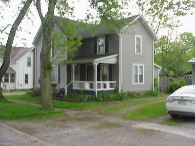 Medina County Single Family Home For Sale: 104 South Academy St