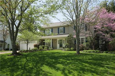 Broadview Heights Single Family Home For Sale: 2068 McClaren Ln