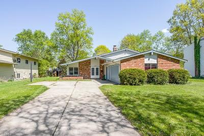 North Olmsted Single Family Home For Sale: 6195 Stafford Dr