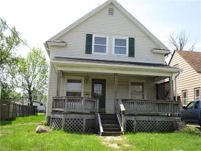 Lorain Single Family Home For Sale: 1113 W 20th Street