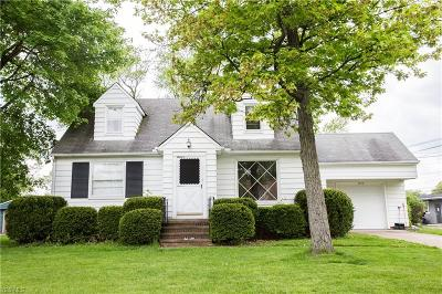 North Olmsted Single Family Home For Sale: 3640 West 232nd St