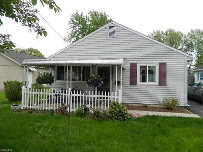 Elyria Single Family Home For Sale: 612 Boston Ave