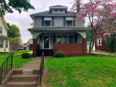 Stark County Single Family Home Contingent: 1020 11th St Northeast
