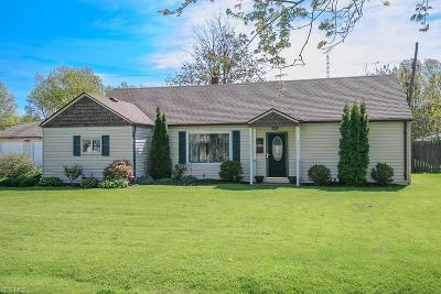 Mentor-On-The-Lake Single Family Home Active Under Contract: 6095 Tall Oaks Drive